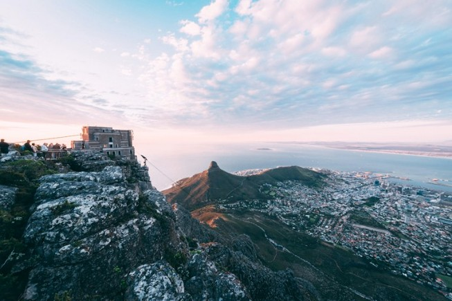 Table_mountain_cableway.jpg